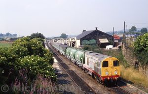 20903_2820902_on_rear29_passing_through_Blackrod_station_with_7Z07_Weedkilling_train_after_treating_the_Horwich_Branch2C_25th_July_1989.jpg