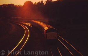 45034_Ladybridge_Lane_Lostock_with_2J58_1805_Blackpool_-_Man_Vic_09_09_1986_.jpg