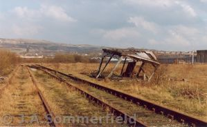 KM_717-10Horwich_Works_Branch_-_remains_of_Works_Ground_Frame_-_31-3-1991.jpg