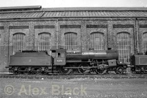 LMS_Hughes-Fowler_5MT_2-6-0_No_42711_at_Horwich_on_June_24th2C_1961.jpg