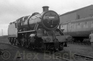 http://blackrod.railpic.net/albums/userpics/10001/thumb_LMS_Stanier_5MT_2-6-0_No_42982.jpg